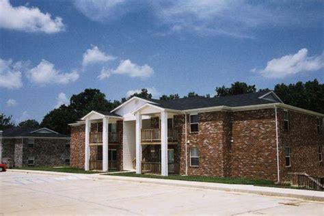 Camelot 2 Apartments Jefferson City Mo Cedar Ridge Jefferson City Mo Apartment Finder
