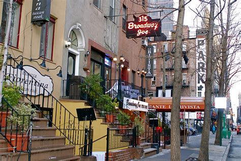 Restaurants In Hells Kitchen by Nyc Nyc Hell S Kitchen And Restaurant Row