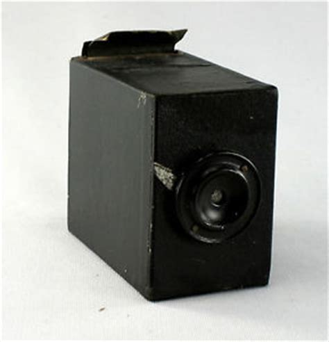 a no name japanese box camera for 24 x 40 mm sheetfilm 8 x