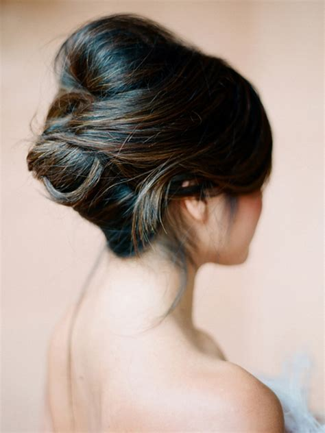 classic wedding updo hairstyles 6 gorgeous classic wedding updos lover ly birchbox
