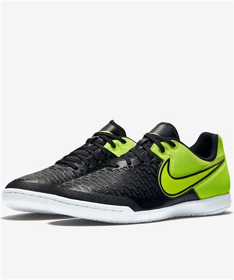 nike futsal shoes football trainers shoes nike magistax indoor ic sala