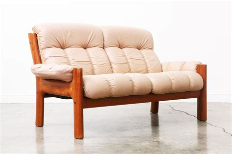Danish Modern Teak Tufted Leather Sofa Vintage Supply Store Modern Tufted Leather Sofa