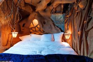hobbit bedroom belgium s la balad des gnomes hotel has bizarre rooms to
