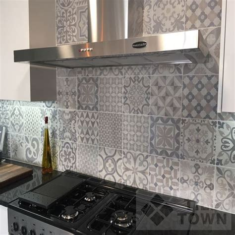 Skyros grey kitchen wall tile