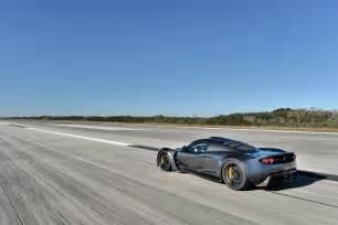 the fastest road cars on the planet koenigsegg bugatti