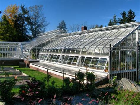 the green house does a greenhouse operate through the greenhouse effect 171 roy spencer phd