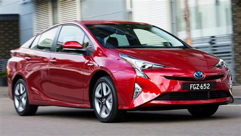toyota big cars 2016 toyota prius i tech review road test carsguide