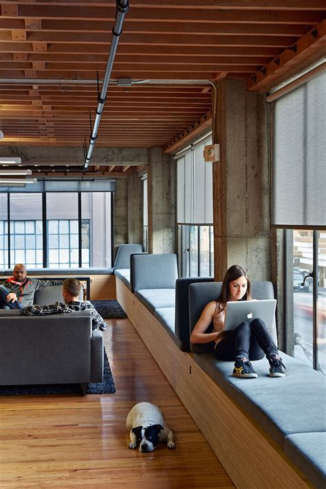 fensterbrett zum sitzen fensterbank zum sitzen modern gestalten 20 designideen