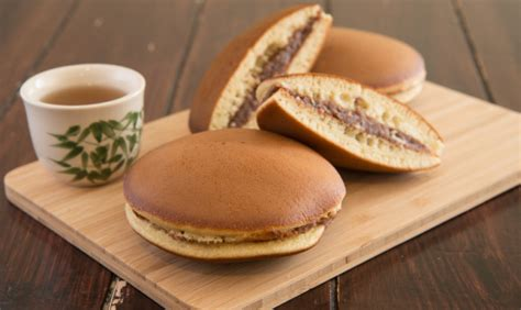 come cucinare pancake dorayaki come cucinare i pancakes giapponesi