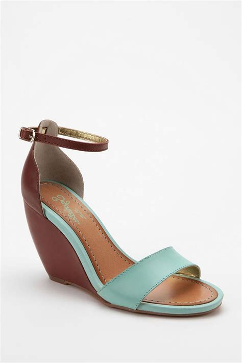 Wedges Cassico Ca 87 seychelles thyme wedge sandal urbanoutfitters shoes shoes shoes