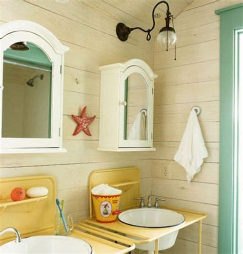 beach bathroom 5 10 asap do this vgreen with pretty yellow starfish