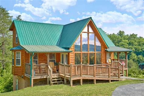 4 bedroom cabin in smoky mountains sleeps 10 mountain