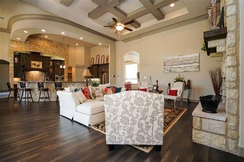 texas whitestone custom homes thrives  lot availability