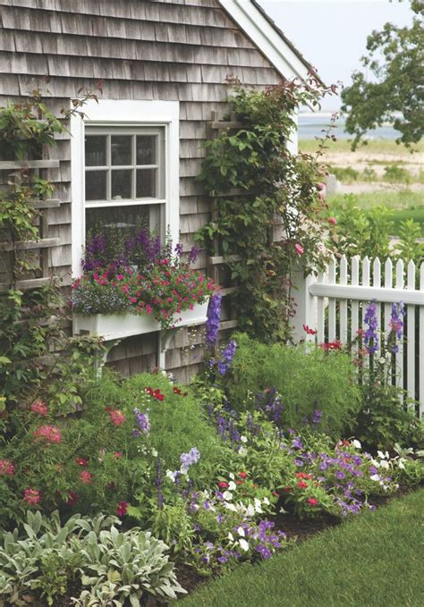 seaside reverie gardens cottages and window boxes - Cottage Garden Box