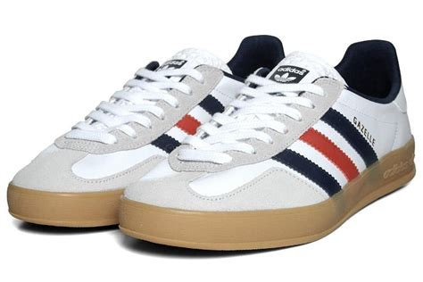 cari sepatu adidas gazelle indoor team great britain