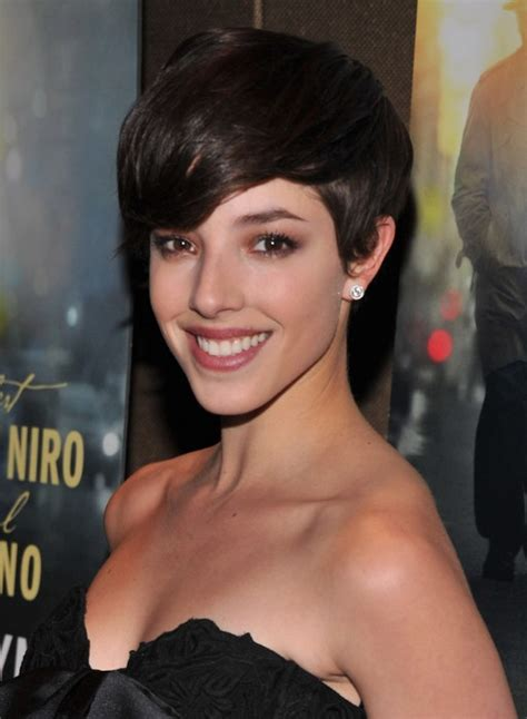 new hot short hair doos the latest and hottest crop short haircuts in hollywood
