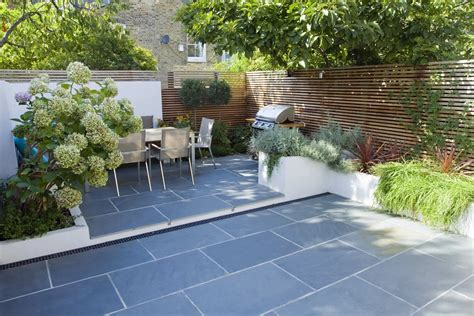 small back garden design ideas paving ideas for small back gardens garden design