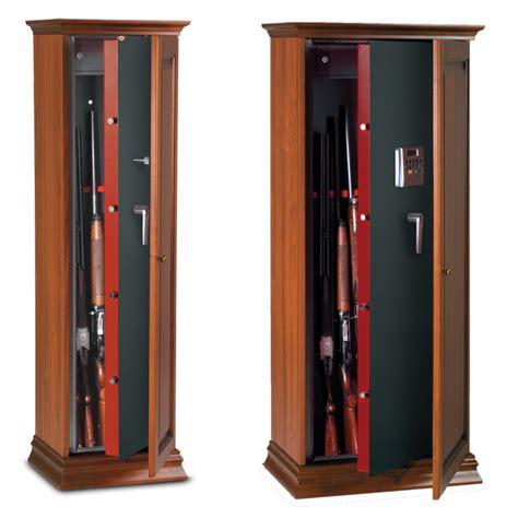 armadio portafucili prezzi armadio fuciliera in legno