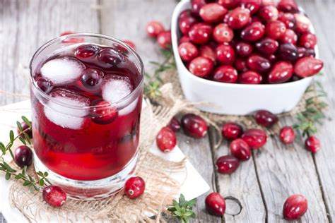 Does Cranberry Juice Detox Your by What Does Cranberry Juice Do For Your Livestrong