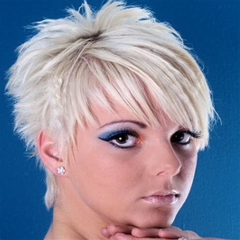 very short edgy haircuts for women with round faces trending