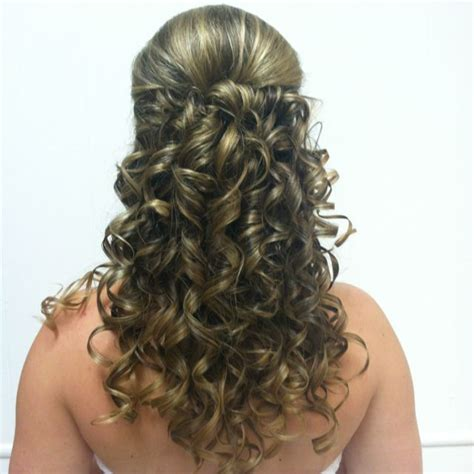 hairstyles for acquaintance party 10 best mis 15 anos hairstyles images on pinterest
