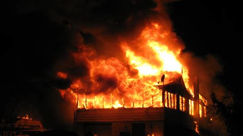 home fires 140 fires inflict property damage nationwide in 2016