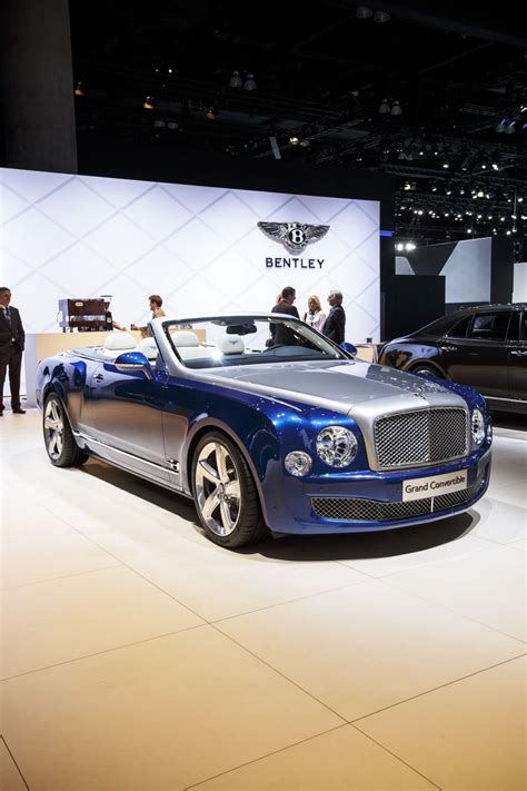bentley mulsanne convertible only 19 bentley mulsanne grand convertibles will be made