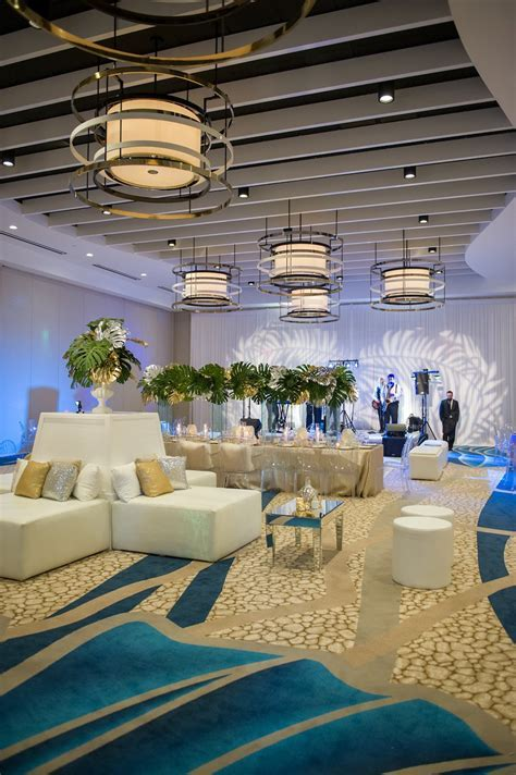 Tampa Bay's Best Beach Wedding Venues   St. Pete   Clearwater