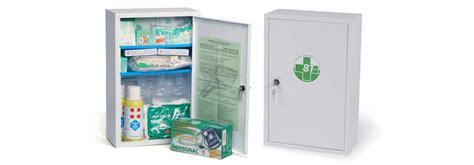 cassette di primo soccorso armadietto in metallo per aziende con 3 o pi 249 lavoratori