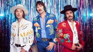 see midland's lively 'make a little' on 'seth meyers