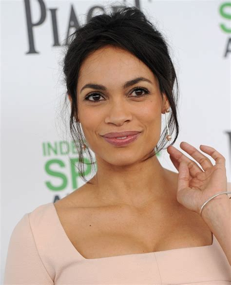 rosario dawson square face the square face best brows for every face shape livingly