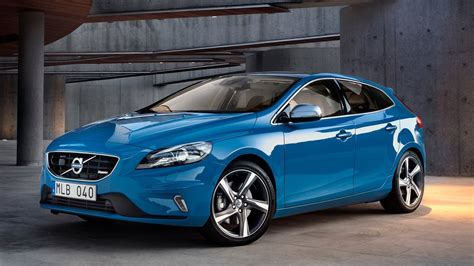 volvo pictures 2013 volvo v40 r design wallpapers pictures pics