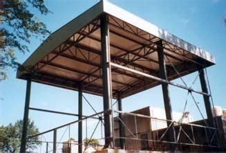 copertura capannone industriale realizzazione strutture metalliche in tutto il nord italia