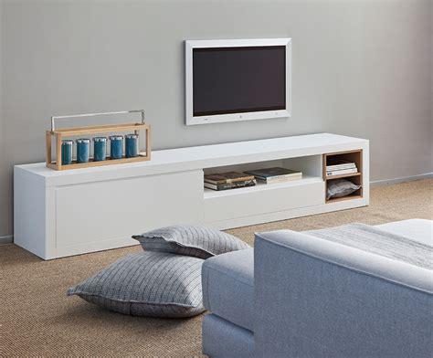 mueble bajo  el televisor muebles barajas
