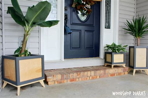 Diy Modern Planter by Diy Modern Planter Box Buildsomething