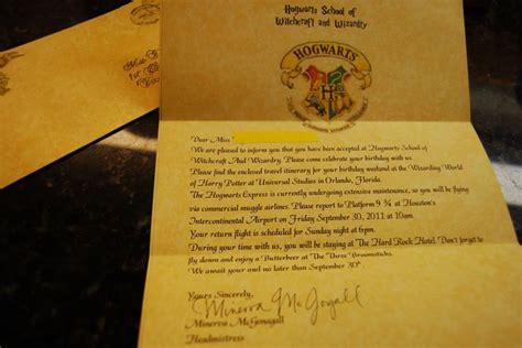 Hogwarts Acceptance Letter Universal Studios Disney Trip Te Geziler Imzal箟 Kitaplar Ve Walt Disney World Hakk箟nda 1000
