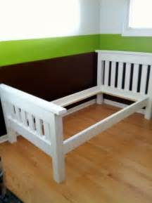 Simple Diy Bed Frame White Finished The Simple Bed Diy Projects