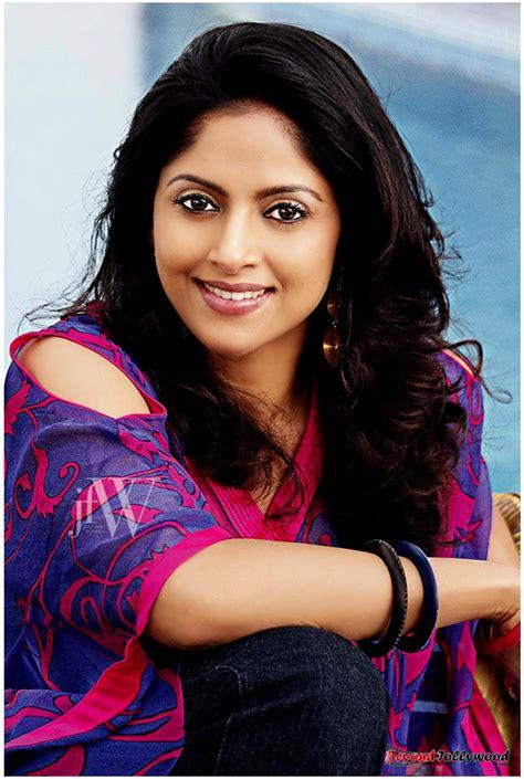tamil film actress family nadhiya sexy photos more indian bollywood actress and actors