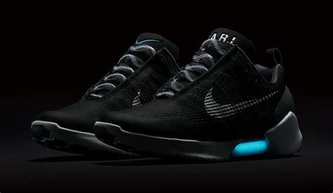Nike Hyperadapt 10 Black White Blue Lagoon nike hyperadapt 1 0 black blue lagoon 843871 001 sneaker