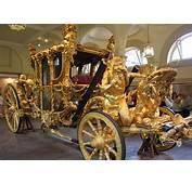 Opmerkelijk Voertuig In Amsterdam Blijkt Replica Gouden