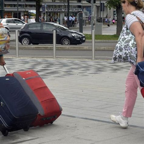 tassa di soggiorno bergamo tassa di soggiorno cambia il costo nuove esenzioni e un