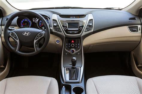 Hyundai Elantra 2015 Interior by