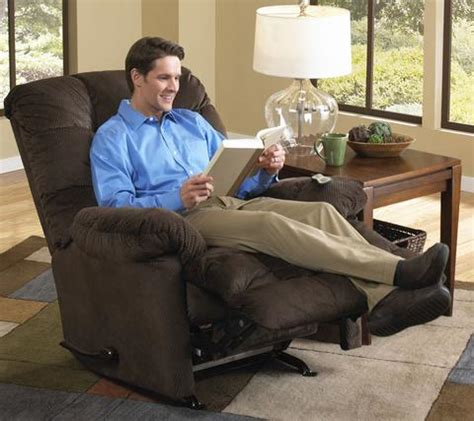man in recliner is your recliner too small choosing the right size