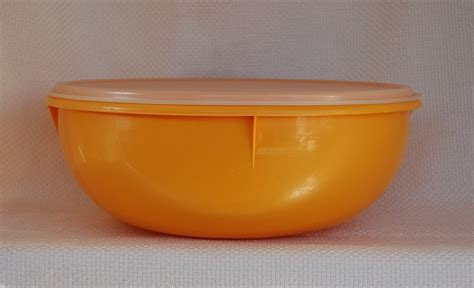 vintage tupperware yellow bowl fix n mix big bowl and seal in