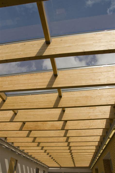 Flachdachkonstruktionen In Holzbauweise by Flachdach Auf Holzkonstruktion 187 Darauf Sollten Sie Achten