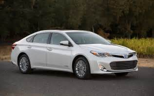 2013 Toyota Avalon 2013 Toyota Avalon Hybrid Xle Front Three Quarter Photo 9