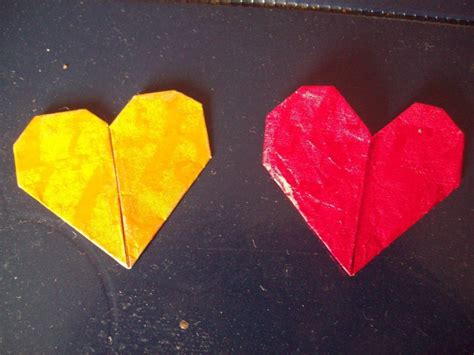 Origami With Starburst Wrappers - origami hearts made out of a 5 gum wrapper 183 an origami