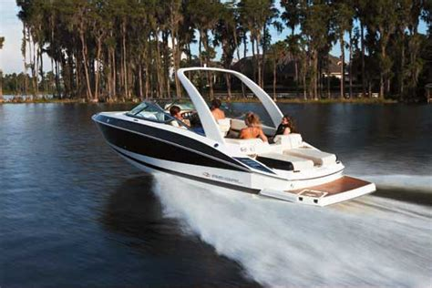 regal luxury boats regal 2500 fastrac performance runabout boats