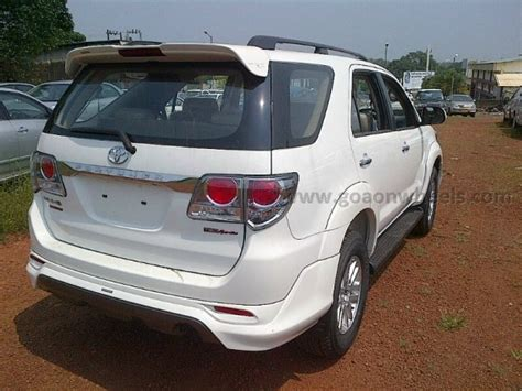 Ring Fogl Fortuner Model Trd toyota fortuner trd edition spotted coming soon