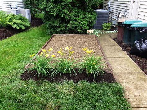 How To Make A Area In Your Backyard by Urine Burned Grass Welcomepup